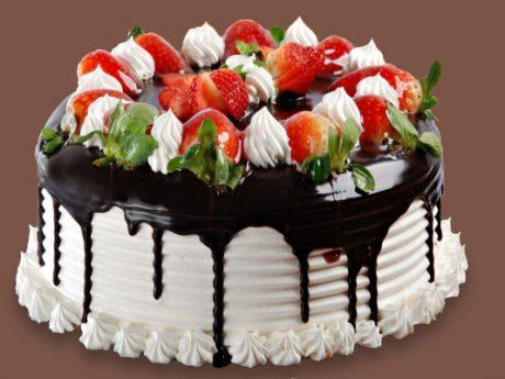 طراحی و سفارش کیک دلخواه شما