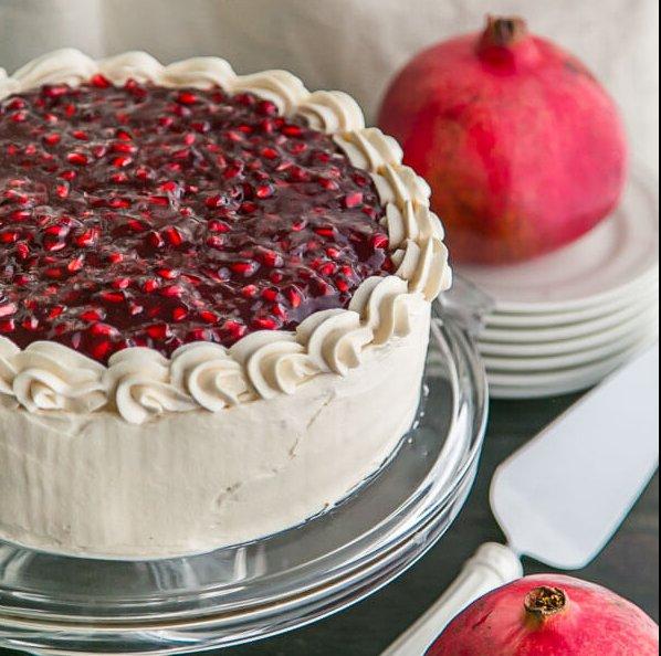 کیک انار خامه ای