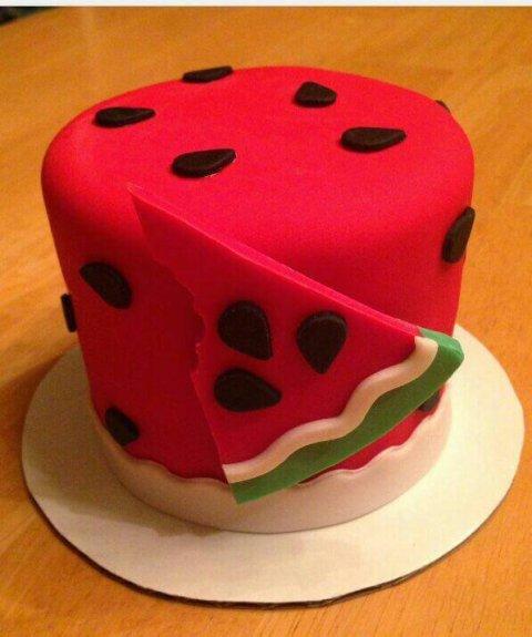 کیک هندوانه کوچک یلدا