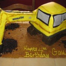کیک تولد طرح ماشین بازی