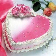 کیک قلبی شکل دو رنگ