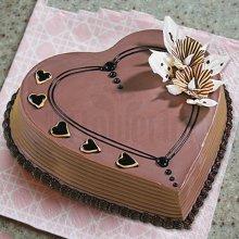 کیک تولد با تم قلب