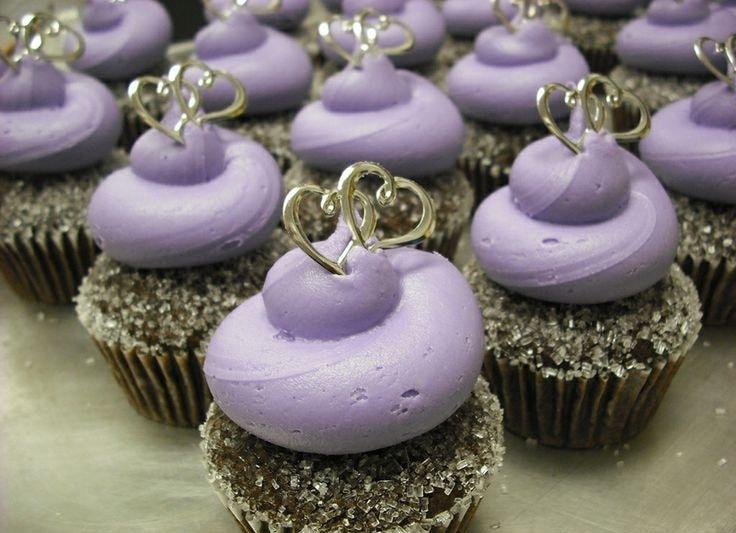 کاپ کیک بنفش عروسی