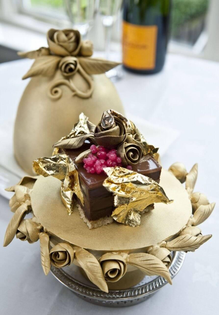 کیک تخم مرغ قایبرگ کارل وینیرگ