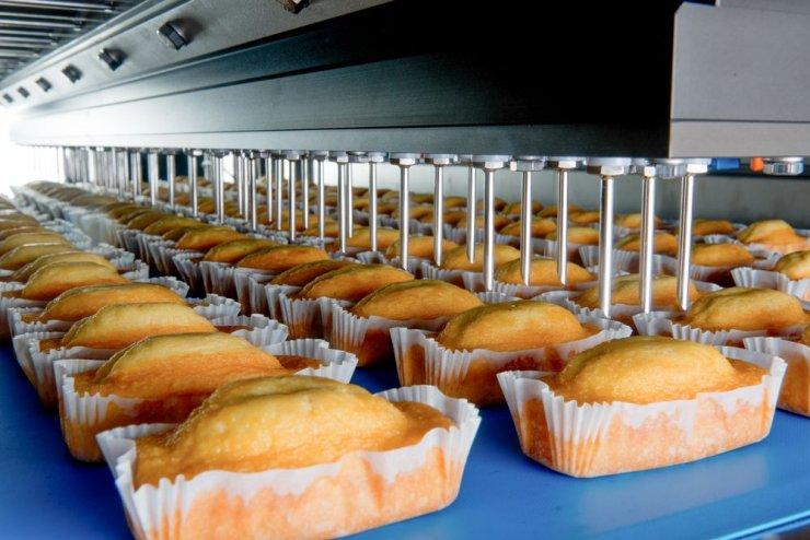 صنعت کیک و شیرینی