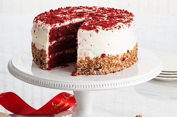 کیک مخمل قرمز ردولوت red velvet