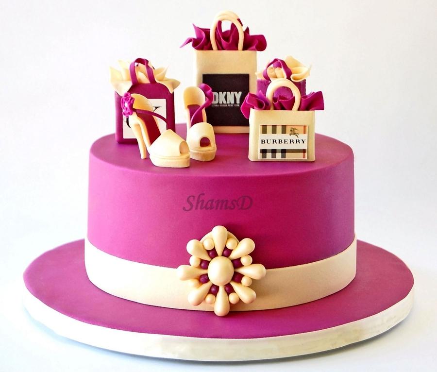 کیک تولد مناسب خانمها